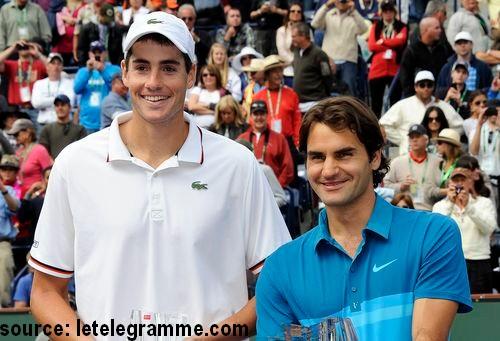 Federer gagne Indian Wells sur John Isner